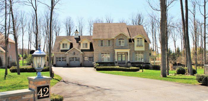 Luxury Home on 1.1 Acres – 42 Meadowland